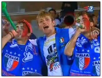 Vuvuzela_boys