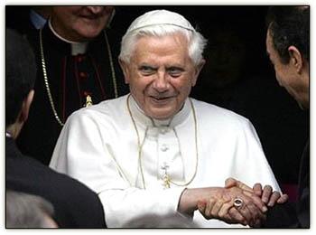Popehandshake